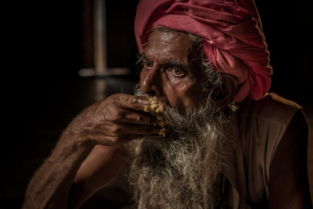 Holymen of India – meeting the sadhu