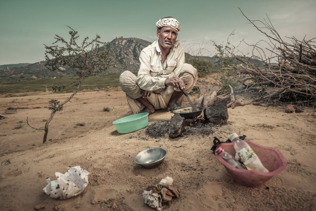 Nomad cooking   X-Pro2 14mm f2.8   ISO200, f4, 250th